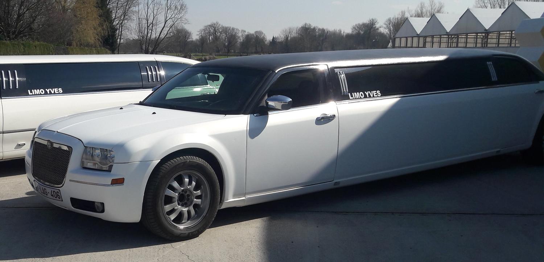 bg-chryler-limousine