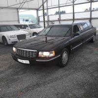 zwarte-limousine-cadillac-front
